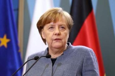 Меркель: Мэй предоставила доказательства причастности России котравлению Скрипаля