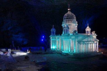 Ледяной Исаакиевский собор появился вКарелии