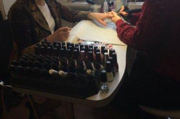 СМИ показали закрытую парикмахерскую петербургского ЗакСа