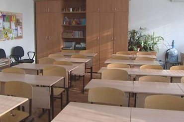 Накарантин закрыты 20 классов вдевяти школах Петербурга