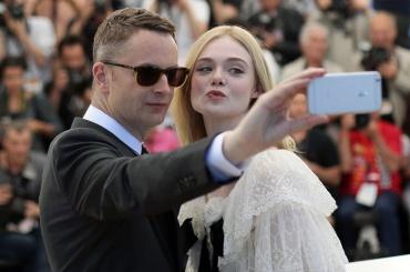 НаКаннском кинофестивале запретили делать селфи