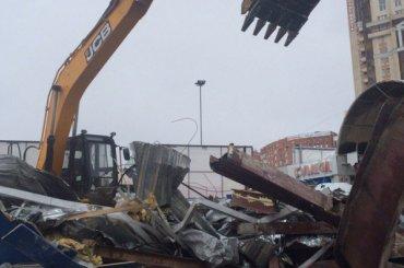 Торговый центр у«Озерков» снесли