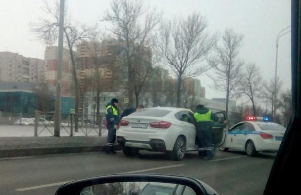 Автомобилисты были поражены полицейской погоней наПулковском шоссе