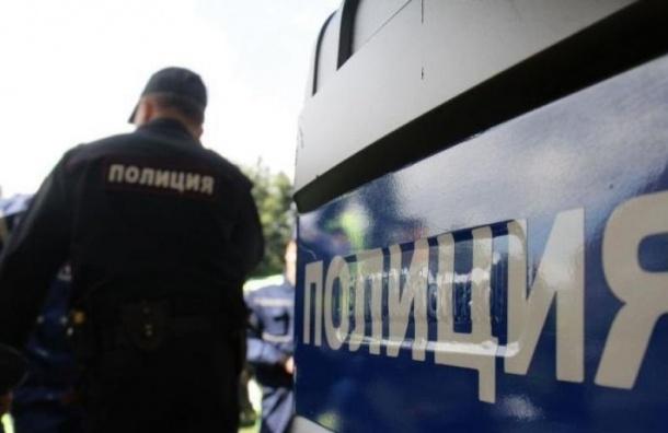 Бомбу искали вздании правительства Петербурга
