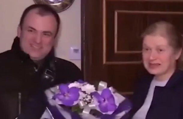 ГлаваМО «Балканский» объяснил поздравление пострадавшей втеракте петербурженки