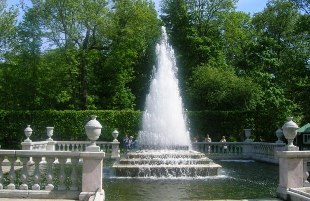 Петергоф сказал о запуске работы фонтанов 28апреля