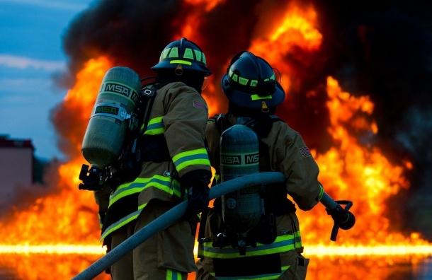 Мошенники под видом пожарных наживаются напетербуржцах
