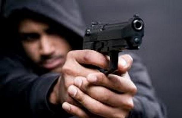 Дорожные разборки вШушарах закончились стрельбой изгазового пистолета