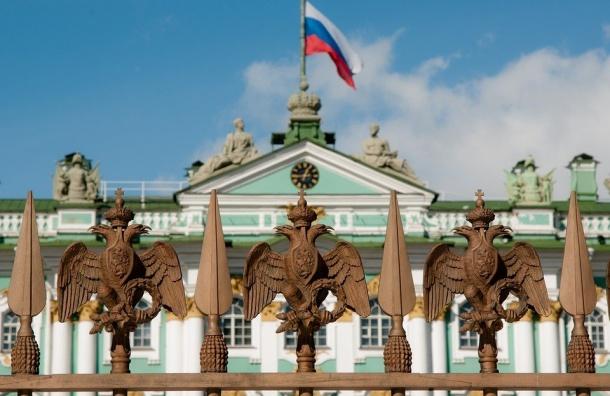 Петербургские туристы смогут получить «Карту гостя»