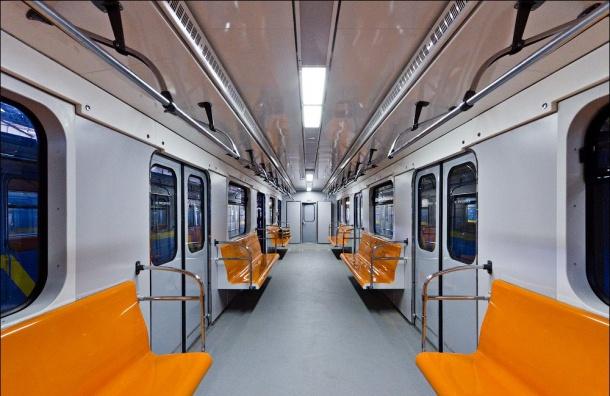 Новые штрафы грозят забывчивым пассажирам метро вПетербурге