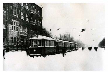 Блокадные трамваи запустят наВасильевском острове