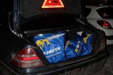 Полиция нашла 69кг амфетамина удвоих петербуржцев вмашинах