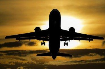 Название петербургского аэропорта предложили поменять