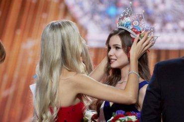 Молодая «Мисс Россия» хочет поехать вСирию или вДонбасс