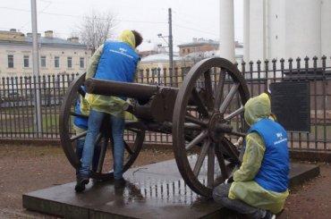 Пушки уТроице-Измайловского собора очистят вДень благоустройства