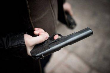 Полицейские открыли стрельбу занаезд наполицейского