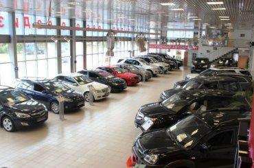 Продажи автомобилей вПетербурге выросли на25%