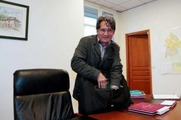 Мэр французского города напал нацыган скатаной
