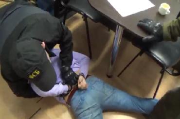 ФСБ задержала антикризисного менеджера поподозрению вподкупе