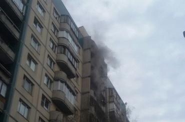Пожарные тушили возгорание вдоме наМаршала Новикова