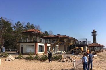 Ресторан «Гольфстрим» снесли впоселке Комарово