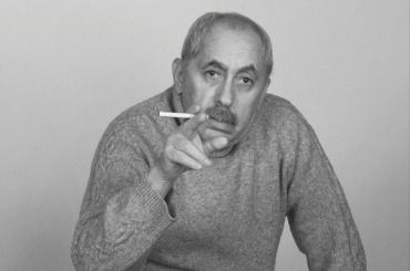 Писатель Хмельницкий возмущен конкурсом Дома писателя