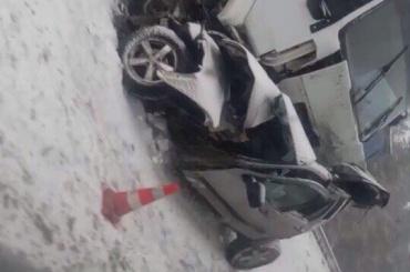 Водитель погиб ваварии сгрузовиком