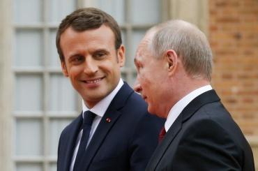 Макрон: Путин хочет сделать Россию великой