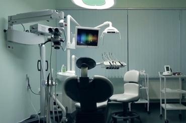 Сиротам-инвалидам нелечат зубы, асразу удаляют