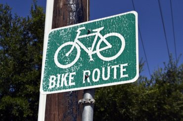 Нелегальную велодорожку нашли вПриморском районе