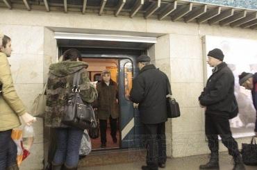 Жителям Васильевского острова рассказали, как пройдет суббота без «Приморской»