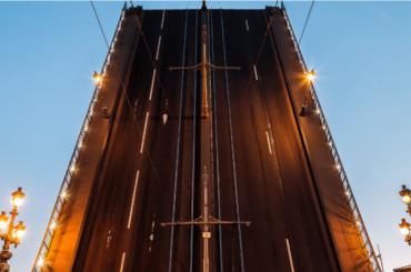Стало известно, когда вПетербурге начнут постоянно разводить мосты
