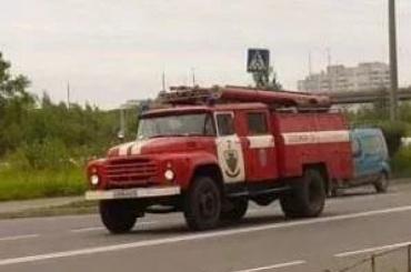 Две иномарки сгорели ночью наСофийской улице