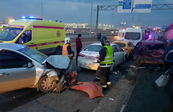 «Адский замес»: подъезд кШушарам встал впробке из-за серьезной аварии
