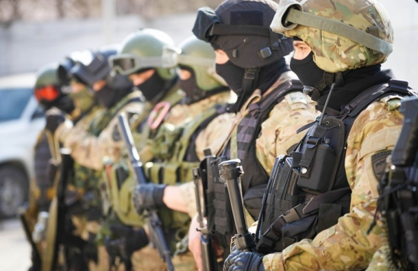 Антитеррористические учения проходят наВасильевском острове