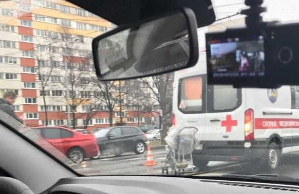 Свидетели: НаМаршала Жукова мотоциклист въехал вколяску с сыном