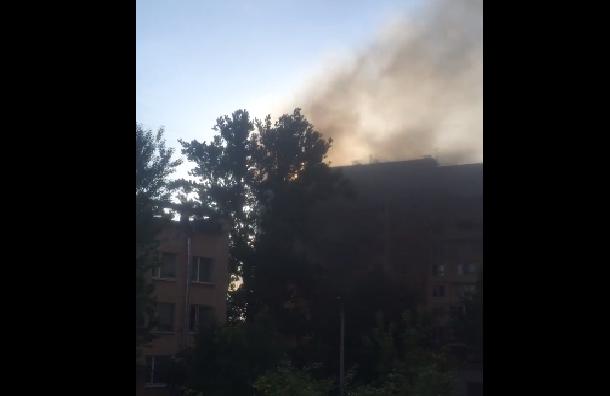Двухкомнатная квартира горела наПискаревском проспекте