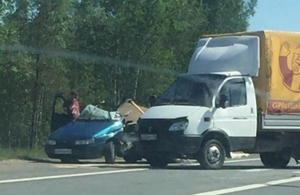 НаМурманском шоссе образовалась сложная пробка