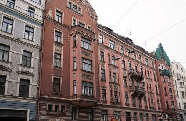 Штраф зазапущенные фасады вПетербурге вырос до1 млн руб.