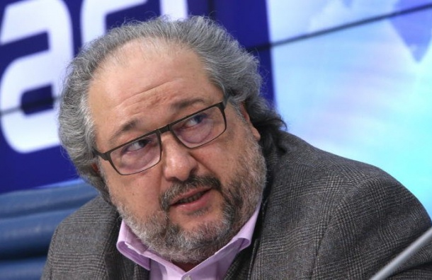 Российский миллиардер вместе ссемьей уехал вЛондон