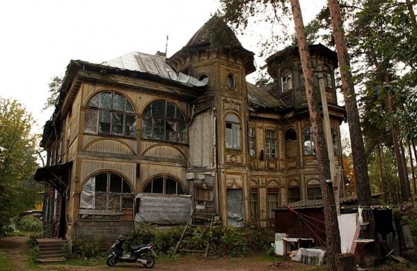 Объект культурного наследия рухнул вПетербурге