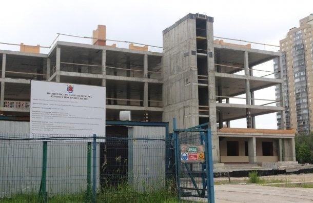«Золотую школу» несмог достроить второй подрядчик