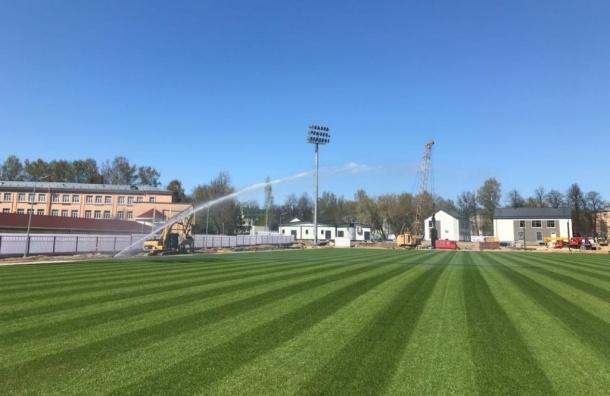 Обслуживать газон натренировочной площадке ФИФА будут почти за6 млн