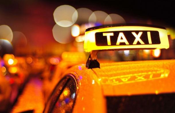 Внесен законопроект оедином цвете такси вПетербурге