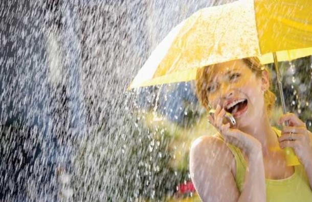 Аномальная жара продлится вПетербурге несмотря наливень