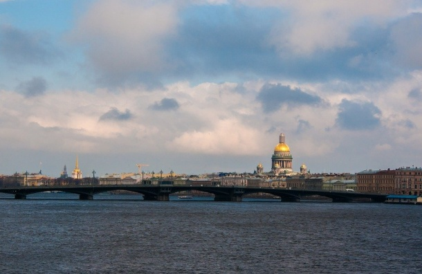 Петербург вошел впятерку самых комфортных городов России