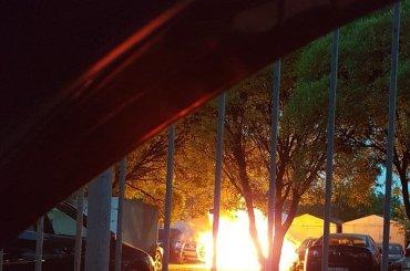 Три автомобиля горели наОктябрьской набережной
