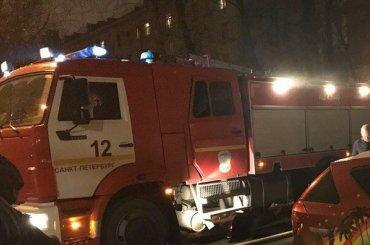 Мужчина погиб при пожаре насевере Петербурга