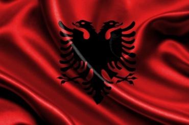 Тысячи албанцев требуют отставки премьер-министра