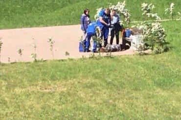 Труп пенсионерки пять часов пролежал надетской площадке вЛенобласти